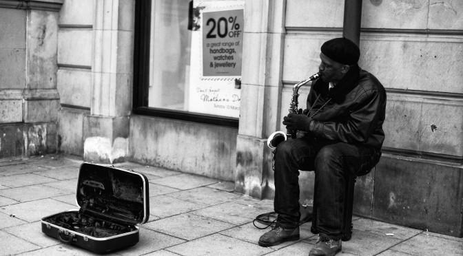 busking_saxophone