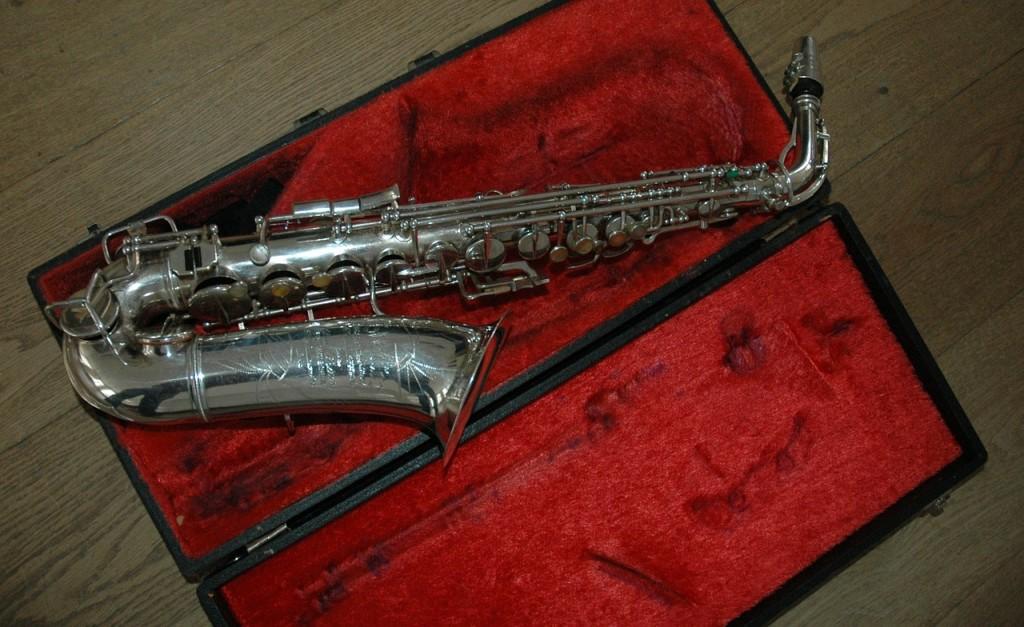 saxophone-442849_1280